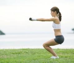 Могут ли приседания поспособствовать похудению?