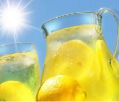 Можно  утолить чувство голода водой с лимоном