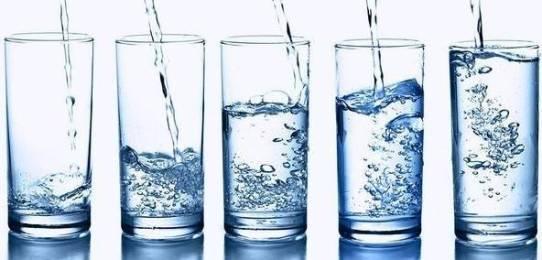 стаканы воды