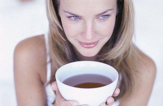 наслаждение чаем с имбирем